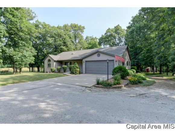 30622 Henry Road, Girard, IL 62640 (MLS #183915) :: Killebrew & Co Real Estate Team