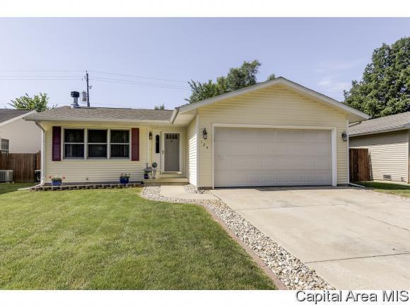 124 W Hawkeye Way, Springfield, IL 62707 (MLS #183961) :: Killebrew & Co Real Estate Team