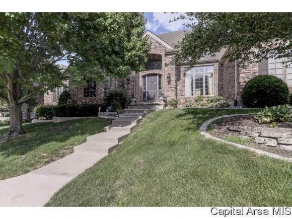 4500 Blackwolf Rd, Springfield, IL 62711 (MLS #184000) :: Killebrew & Co Real Estate Team