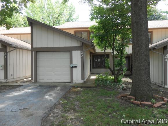 22 Redwood Ln, Springfield, IL 62704 (MLS #184030) :: Killebrew & Co Real Estate Team
