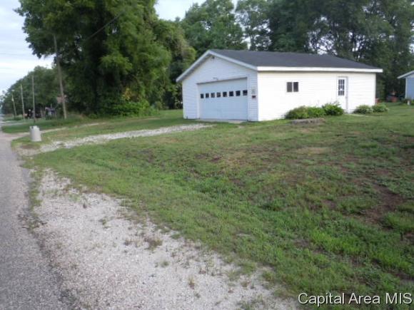701 N 4th St, Oquawka, IL 61469 (MLS #184053) :: Killebrew & Co Real Estate Team