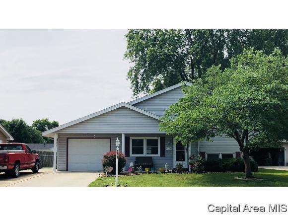 2616 Sherborn Rd, Springfield, IL 62702 (MLS #184148) :: Killebrew & Co Real Estate Team