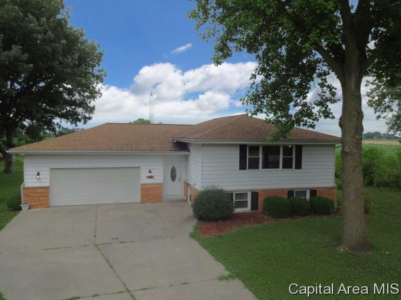 9 Walberta, Rochester, IL 62563 (MLS #184155) :: Killebrew & Co Real Estate Team