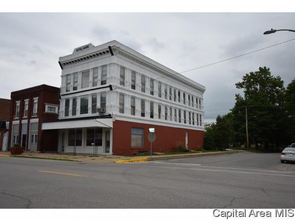 138 S Main, Virginia, IL 62691 (MLS #184174) :: Killebrew & Co Real Estate Team