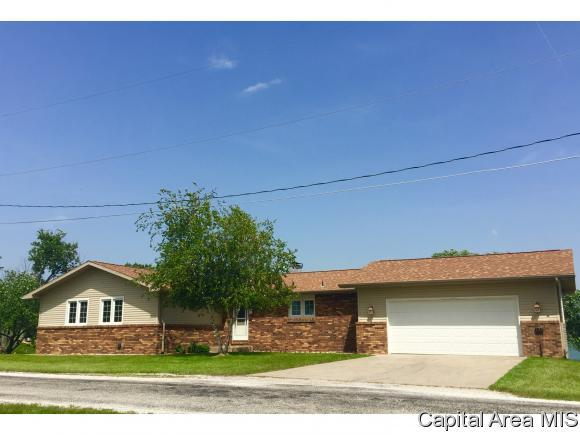 123 Aspen Pt, Petersburg, IL 62675 (MLS #184216) :: Killebrew & Co Real Estate Team