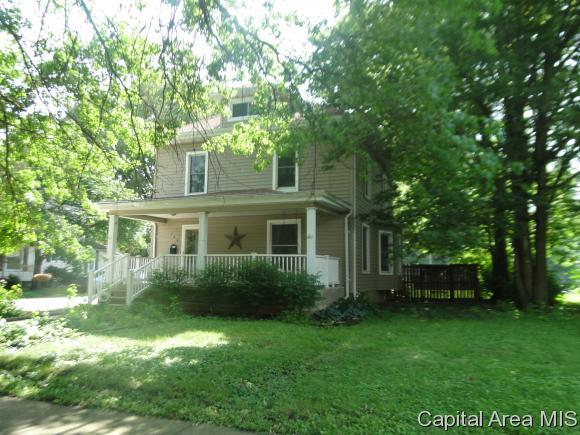 208 S 7th, Auburn, IL 62615 (MLS #184345) :: Killebrew & Co Real Estate Team