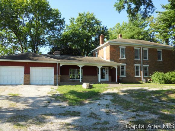 6650 Salisbury Cemetery Road, Pleasant Plains, IL 62677 (MLS #184471) :: Killebrew & Co Real Estate Team