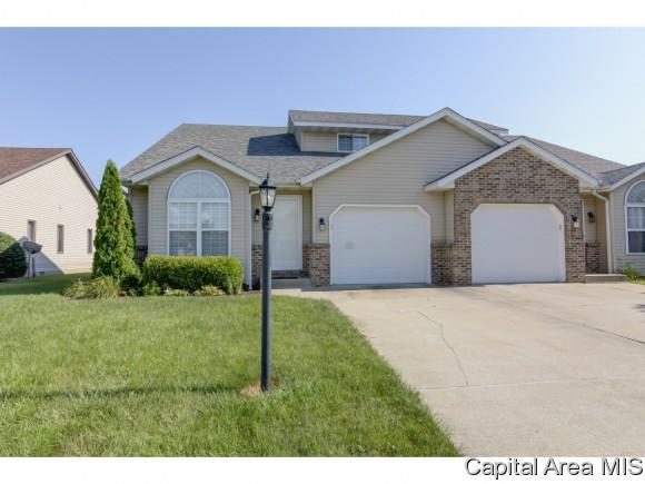 108 Eagle Ridge Dr, Chatham, IL 62629 (MLS #184501) :: Killebrew & Co Real Estate Team