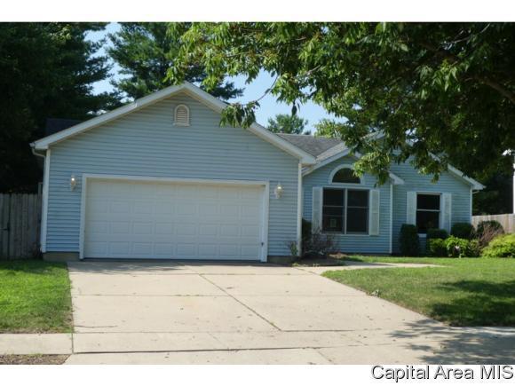 3200 Blueberry Lane, Springfield, IL 62702 (MLS #184532) :: Killebrew & Co Real Estate Team