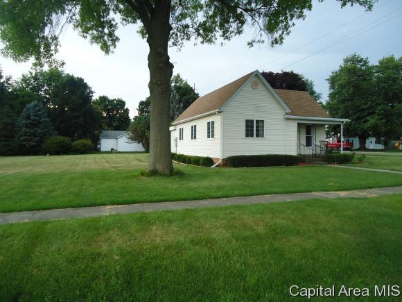 600 E Washington St., Ashland, IL 62612 (MLS #184548) :: Killebrew & Co Real Estate Team