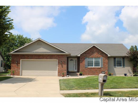 5205 Bunting Rd, Springfield, IL 62711 (MLS #184565) :: Killebrew & Co Real Estate Team
