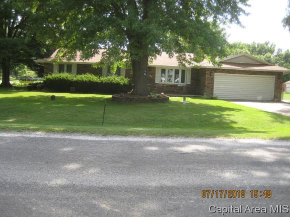 47 Paradise Ln, Riverton, IL 62561 (MLS #184590) :: Killebrew & Co Real Estate Team