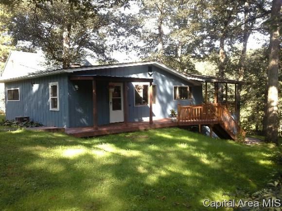 1043 Northwood, Galesburg, IL 61401 (MLS #184763) :: Killebrew & Co Real Estate Team