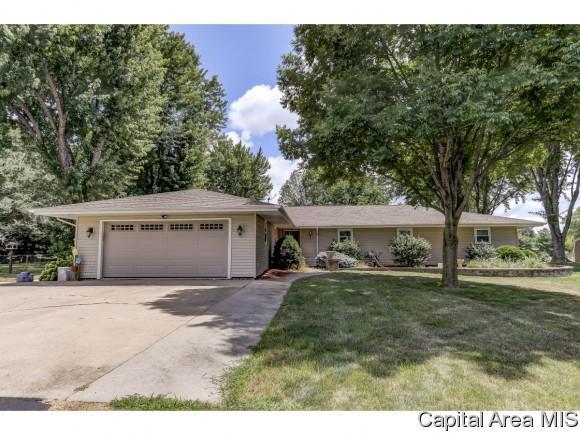 7880 Gooseberry Hill Dr, Springfield, IL 62707 (MLS #184903) :: Killebrew & Co Real Estate Team