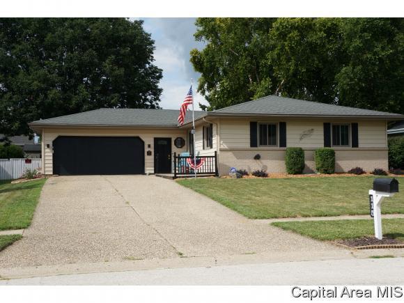 115 Teal Dr, Chatham, IL 62629 (MLS #184928) :: Killebrew & Co Real Estate Team