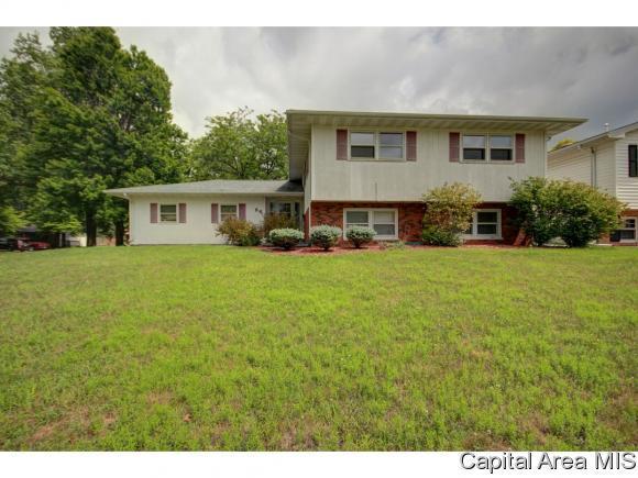 88 Drawbridge Rd, Springfield, IL 62704 (MLS #184943) :: Killebrew & Co Real Estate Team