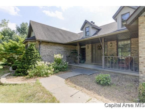 4297 Mary Lane, Riverton, IL 62561 (MLS #184951) :: Killebrew & Co Real Estate Team