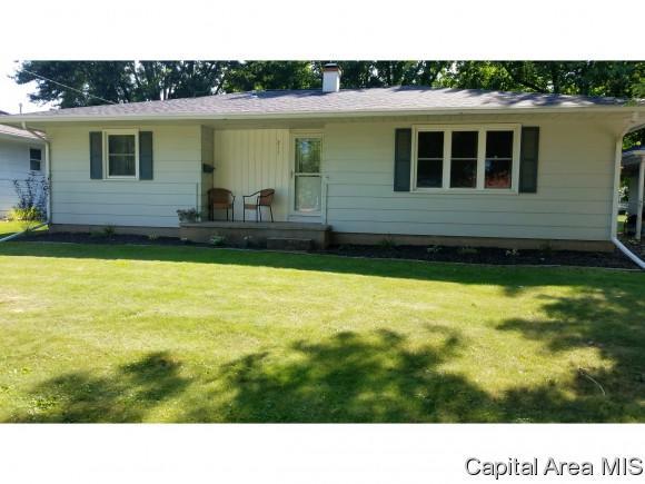 211 Knox Street, Abingdon, IL 61410 (MLS #184969) :: Killebrew & Co Real Estate Team