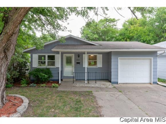 1804 W Grand Ave, Decatur, IL 62522 (MLS #184986) :: Killebrew & Co Real Estate Team