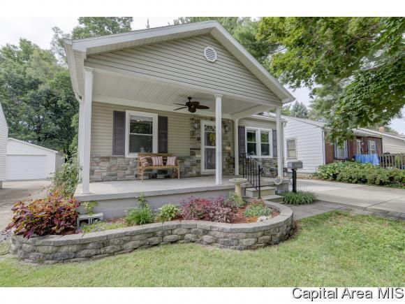 3133 S 5TH ST, Springfield, IL 62703 (MLS #185018) :: Killebrew & Co Real Estate Team