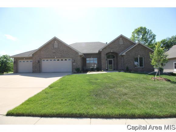 6309 Wind Tree Rd, Springfield, IL 62712 (MLS #185186) :: Killebrew & Co Real Estate Team
