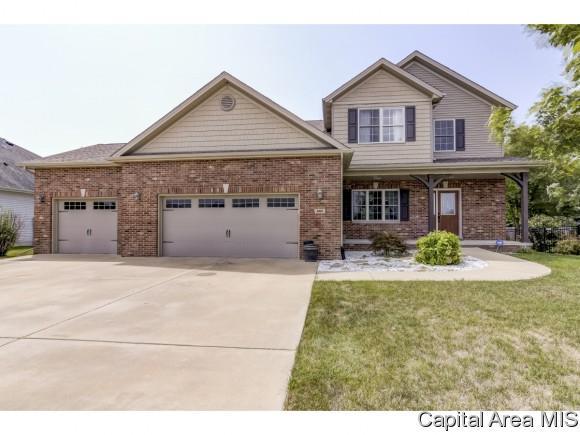 605 Grove St, Chatham, IL 62629 (MLS #185202) :: Killebrew & Co Real Estate Team