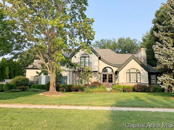 4504 Foxhall Lane, Springfield, IL 62711 (MLS #185321) :: Killebrew & Co Real Estate Team