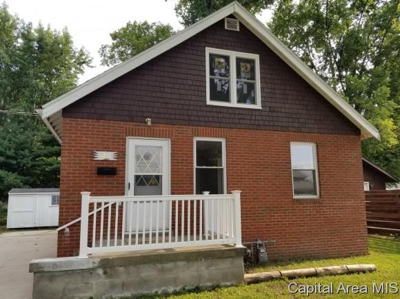 102 Aarup St, Springfield, IL 62703 (MLS #185335) :: Killebrew & Co Real Estate Team