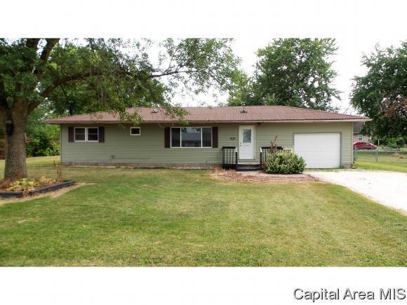 902 W Palmer St, Abingdon, IL 61410 (MLS #185351) :: Killebrew & Co Real Estate Team