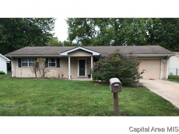 733 Woodland Rd, Chatham, IL 62629 (MLS #185441) :: Killebrew & Co Real Estate Team