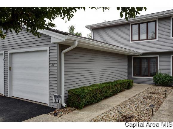 28 Brookside Pl, Springfield, IL 62704 (MLS #185544) :: Killebrew & Co Real Estate Team
