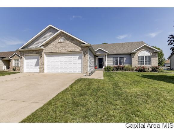 437 Turtle Dove Dr, Sherman, IL 62684 (MLS #185561) :: Killebrew & Co Real Estate Team