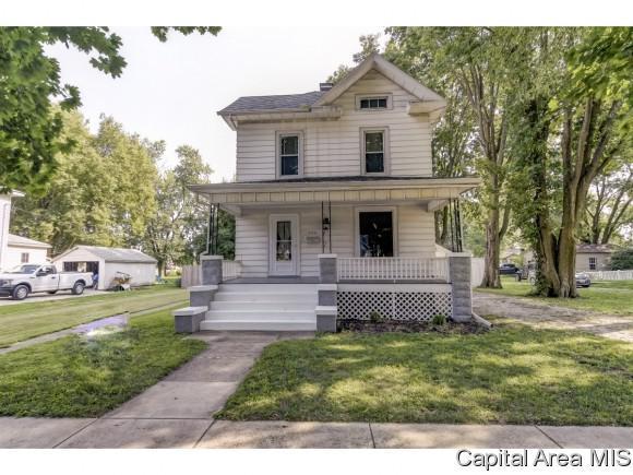 208 W Conrey St, Williamsville, IL 62693 (MLS #185631) :: Killebrew & Co Real Estate Team