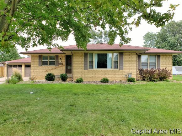 1135 Parkview Rd, Galesburg, IL 61401 (MLS #185654) :: Killebrew & Co Real Estate Team
