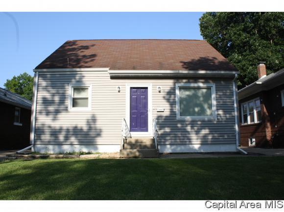 2341 Yale Blvd, Springfield, IL 62703 (MLS #185657) :: Killebrew & Co Real Estate Team