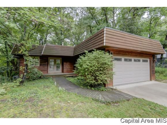 28 Dean Park Dr, Springfield, IL 62707 (MLS #185814) :: Killebrew & Co Real Estate Team