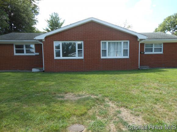223 & 225 Cranmer, Springfield, IL 62704 (MLS #185835) :: Killebrew & Co Real Estate Team