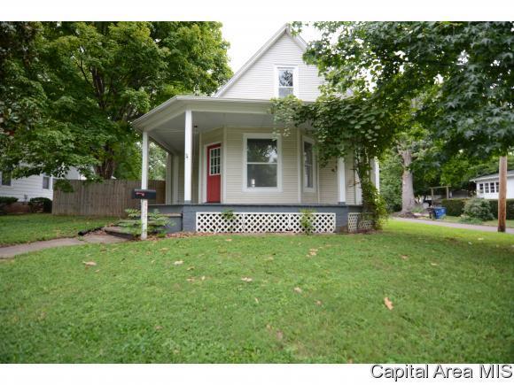 525 E College Ave., Greenville, IL 62246 (MLS #185837) :: Killebrew & Co Real Estate Team