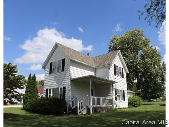 220 S State St, E. Galesburg, IL 61430 (MLS #185855) :: Killebrew & Co Real Estate Team