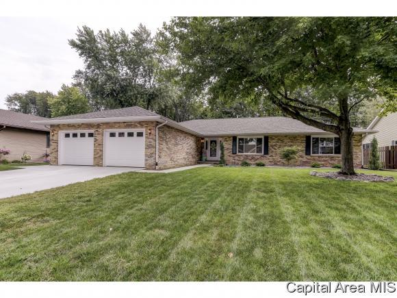 1108 Wakefield Dr, Springfield, IL 62704 (MLS #185896) :: Killebrew & Co Real Estate Team