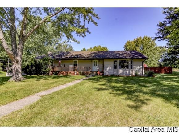 11145 Green Ridge Ln, Dawson, IL 62520 (MLS #185961) :: Killebrew & Co Real Estate Team