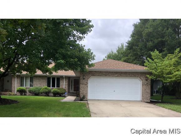 2105 Sunstone Court, Springfield, IL 62704 (MLS #185999) :: Killebrew & Co Real Estate Team