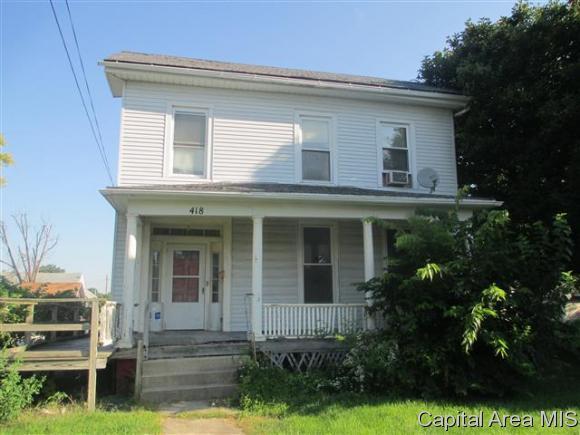 418 E Douglas Ave, Jacksonville, IL 62650 (MLS #186035) :: Killebrew & Co Real Estate Team