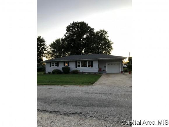 349 Westmore Dr, White Hall, IL 62092 (MLS #186047) :: Killebrew & Co Real Estate Team