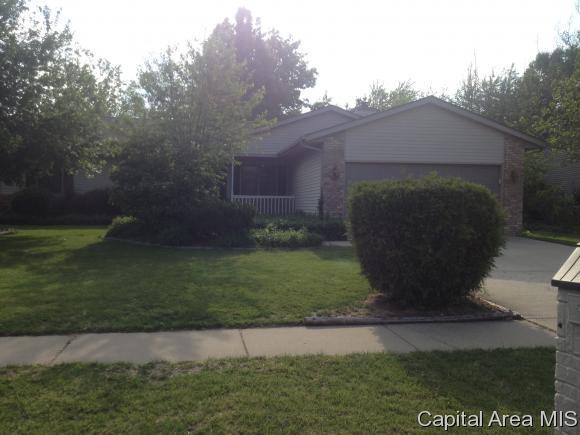 209 N Pittsburg Lndg, Springfield, IL 62711 (MLS #186067) :: Killebrew & Co Real Estate Team