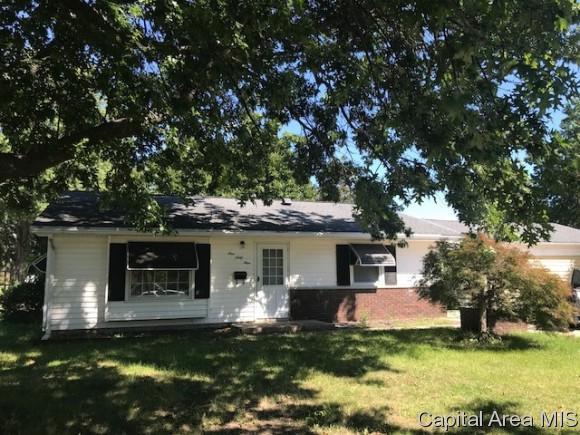 169 Archer Ave, Springfield, IL 62704 (MLS #186098) :: Killebrew & Co Real Estate Team