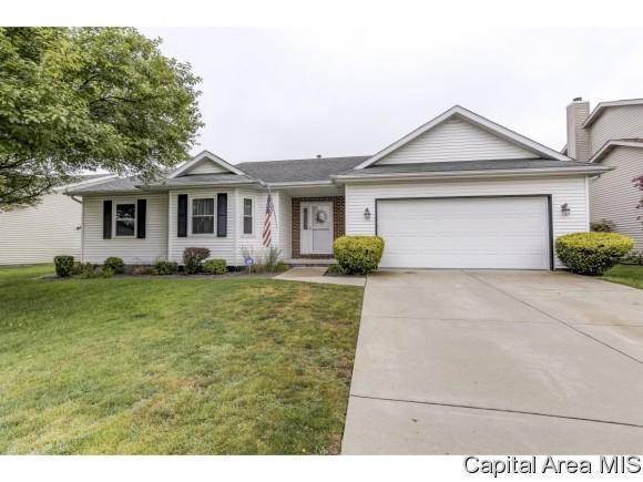 4201 Clearwater Ln, Springfield, IL 62703 (MLS #186111) :: Killebrew & Co Real Estate Team