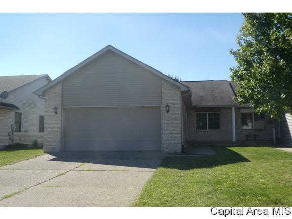 3219 Red Oak Lane, Springfield, IL 62712 (MLS #186126) :: Killebrew & Co Real Estate Team