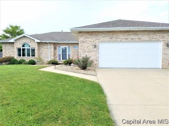 3613 Chelmsford Ct, Springfield, IL 62704 (MLS #186199) :: Killebrew & Co Real Estate Team