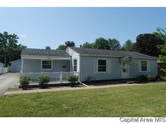 1624 Vernon Ave, Springfield, IL 62704 (MLS #186289) :: Killebrew & Co Real Estate Team